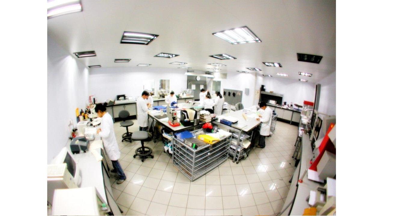 textile-laboratory-branca-idealair